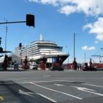 Auckland ferry terminal/Queen street