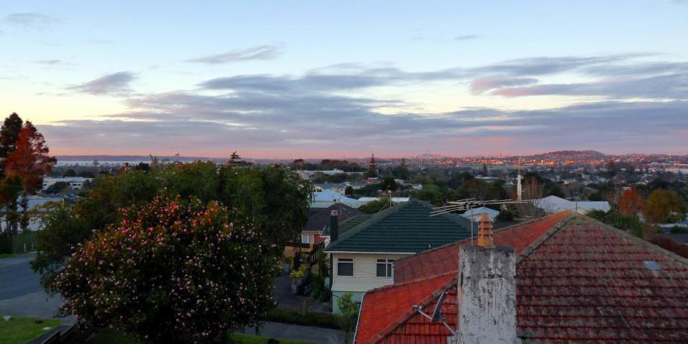Kiwi Heritage Homestay Affordable Accommodation West